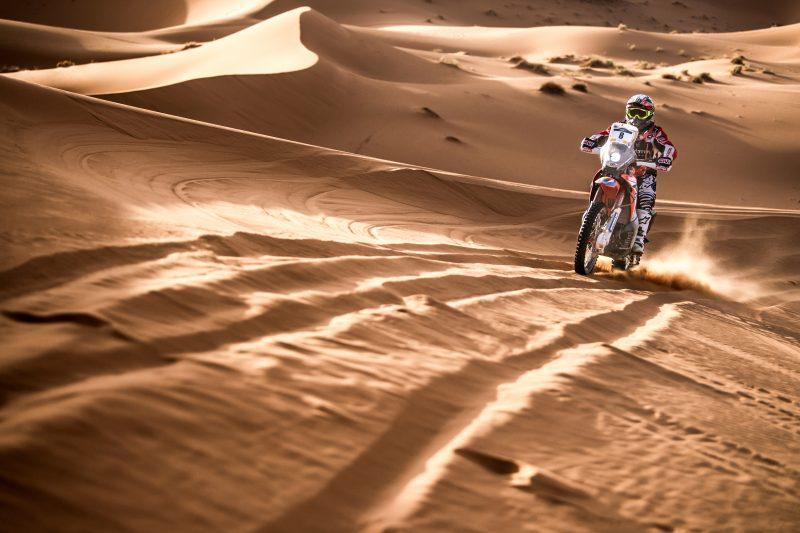 Бенавидес и Monster Energy Honda триумфират в Мароко