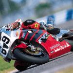 Ники Хейдън през 2002 г. с Honda RC51